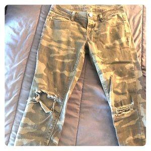 Vanilla star brand size 3 skinny jeans